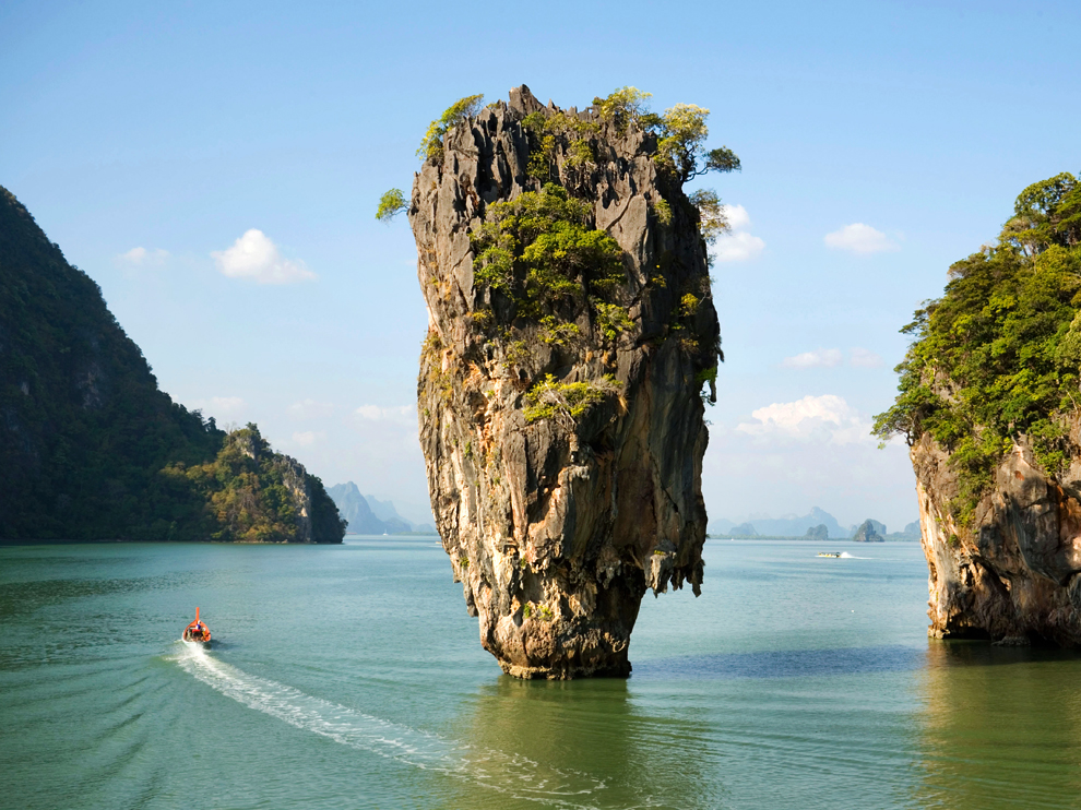 225.Ko Tapu. dans géographie koh-tapu-phang-nga-bay-thailand_62197_990x742